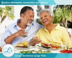 Alimentos essenciais ao idoso